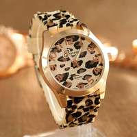 Fashion Round Dial Wrist Watch Silicon Leopard Band Strap Wristband Women = 1956439044