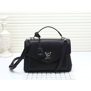 LV Louis Vuitton OFFICE QUALITY LEATHER MY LOCKME HANDBAG INCLINED SHOULDER BAG