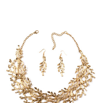 Coral Report Necklace Set