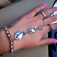 GLAM HANDCRAFTED HAND CHAIN