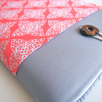 """15"""" MacBook Pro Sleeve MBP with Retina Display Case Padded with Pocket - Coral Damask"""