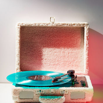 Crosley UO Exclusive Shearling Cruiser Bluetooth Record Player | Urban Outfitters