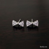 Tiny Small Cute Crytal Cubic Silver Butterfly Bow Stud Earing