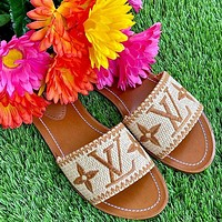 LV Spring and summer slippers