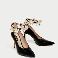 HIGH HEEL COURT SHOES WITH BEADED ANKLE STRAP DETAILS