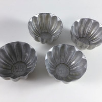 Vintage Jello Molds Retro Aluminum Scalloped Tins For Kitchen Crafting Art Mixed Media Small Jello Containers For Cooking Baking Crafts