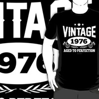 'VIntage 1976, Aged to Perfection' T-Shirts