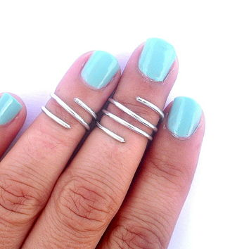 2 Above The Knuckle Rings - Wire Wr.. on Luulla