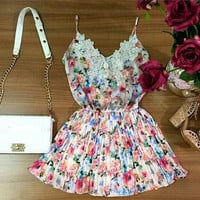 Lace Neckline Spaghetti Strap Floral Pleated Mini Dress