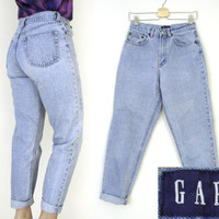 "Vintage 80s 90s GAP High Waist Classic Fit Women's Jeans - Relaxed Light Rinse Stonewashed Boyfriend Jeans - Size 8 - 28"" Waist"