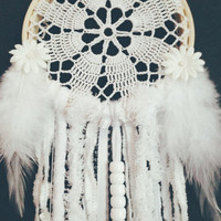 Small Dream Catcher/ Bohemian Dream Catcher/ Doily Dream Catcher/ Crochet Dream Catcher/ Wall Decor Dream Catcher/ Gypsy Dream Catcher