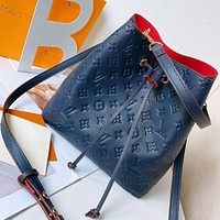 Louis Vuitton LV embossed trendy bucket bag Néonoé Monogram canvas fabric Blue