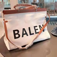 Balenciaga Fashion versatile simple large-capacity shopping bag shoulder Messenger bag