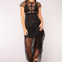 Night Goddess Lace Dress - Black