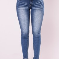 Impossible Not To Notice Skinny Jeans - Medium Blue