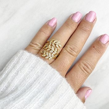 On The Vine Gold Ring