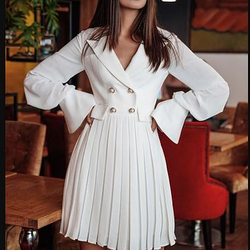 The new hot double - breasted blazer dress