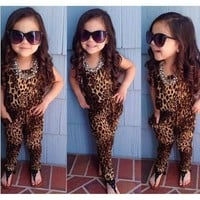 2015 girls leopard short-sleeved clothing set  European and American kids summer clothes