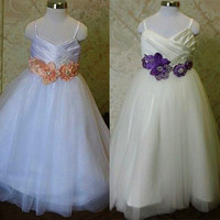 Real Pictures Flower Girl Dress with Hand Made Flower Petals Are Adorned with Rhinestones Miniature WeddingGown