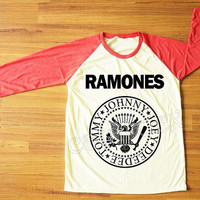 Ramones T-Shirt American Rock Band Punk Rock TShirt Red Sleeve Tee Shirt Women T-Shirt Men T-Shirt Unisex T-Shirt Baseball Tee Shirt S,M,L