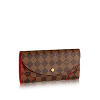 Products by Louis Vuitton: Caïssa Wallet