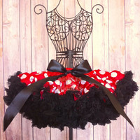 Deluxe extra fluffy Petti skirt for baby, toddler girl, girl, minnie mouse inspired in red black white, tutu, birthday, disneyland, photo