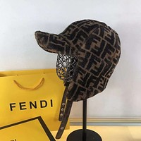 FENDI To keep warm hat