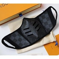 LV Louis Vuitton New color printed leather mask (safely disinfected) Black