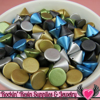 50 pc Acrylic Metallic SPIKE CONE BEADS / Flatback Cellphone Decoden Cabochons 10mm