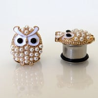 """4g, 2g, 0g, 00g, 7/16"""" (5mm-11mm) / Pearl Owl Plugs Gauges Stretchers Earrings / Stretched Gauged Ears"""