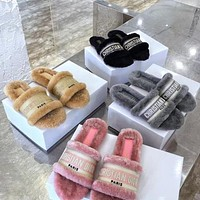 Dior CD Ladies Embroidered Hair Slippers New Style Outer Wear Fashion Rabbit Hair Slippers All-match Home Furnishing Women Flat Shoes