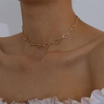 Sweet Love Heart Chain Choker Necklace Cute Alloy Clavicle Chain Charm Necklace Jewelry for Lover Gifts