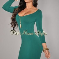 Emerald Round Neck Seamless Perfect Fit Three Quarter Sleeves Dress