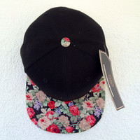 Summer floral Tongue snapback