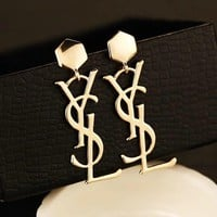 8DESS YSL Women Fashion Stud Earring Jewelry