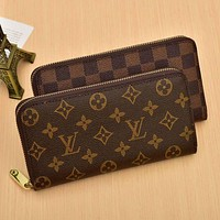 Louis Vuitton LV Classic Zipper Hand Purse Key Case Card Case Fashion Ladies Clip Bag Wallet