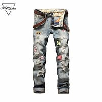 Burst Section Badge Jeans Men Do Old Hole Ripped Jeans Straight Slim Fit Cargo Trousers Fashion Biker Jeans Male