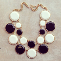 CLASSIC BLACK & WHITE CONTRAST NECKLACE