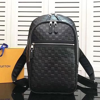 LV Louis Vuitton Stylish and simple large-capacity backpack travel backpack