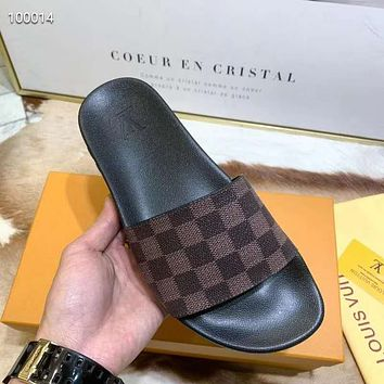 LV classic checkerboard men and women personality wild slippers shoes