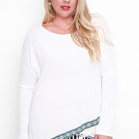 Cailin Long Sleeve Tassle Knit Top: XL to 2XL: Off White