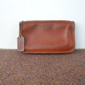 Vintage COACH Pouch , Purse / Distresed British Tan Leather Zippered Wallet Pouch Bag / Cosmetic Pouch / Money Purse