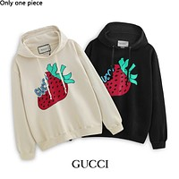 GUCCI hot selling strawberry print pure cotton terry hoodie fashion casual couple hoodie