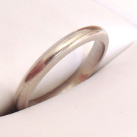 Vintage 14K White Gold Wedding Ring