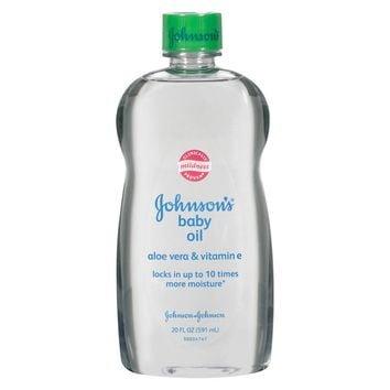 Johnson's Baby Oil Aloe Vera and Vitamin E - 20.0 oz.