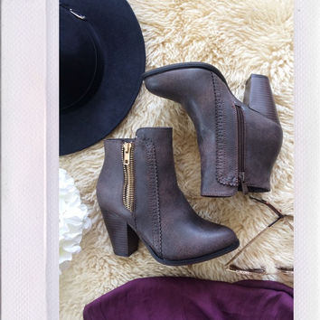 Commodity Booties- Brown
