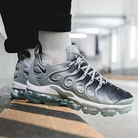 Nike Air Max Vapormax Plus TN Atmospheric Cushion Gradient Black Grey Fashion Men's and Women's Casual Sports Shoes Running Shoes