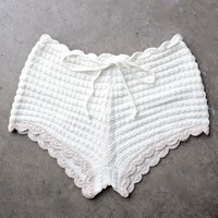 festival shop - crochet tie-waist short