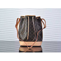 LV Louis Vuitton WOMEN'S MONOGRAM CANVAS BUCKET SHOULDER BAG