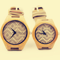 YAN & LEI Bamboo Watch with Leather Belt with Square Print